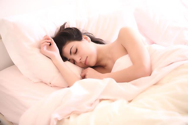 アトピーの痒みで眠れない悩みに乳酸菌ビオチン配合アレルナイトプラス