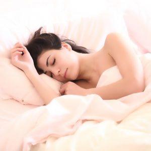 アトピーの痒みで眠れない悩みに乳酸菌とビオチン配合アレルナイトプラス
